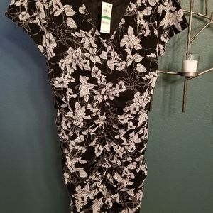 Inc black and white ruched in front dress size L